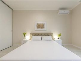 Luxurious Apartments In The Very Center Of The Capital;Lcd French Boulevard;Next To Ocean Plaza! photos Exterior