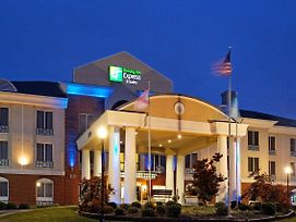 Holiday Inn Express Hotel & Suites Cullman photos Exterior