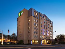 Holiday Inn Express & Suites Boston - Cambridge photos Exterior