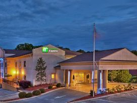 Holiday Inn Express Hotel & Suites Chattanooga-Hixson photos Exterior
