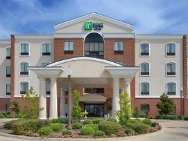 Holiday Inn Express Hotel & Suites Ennis photos Exterior