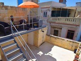 Boutique Maltese Apartment - Character, Views, A/C photos Exterior