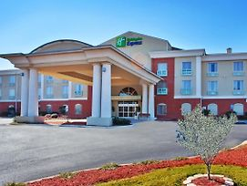 Holiday Inn Express & Suites Thomasville photos Exterior