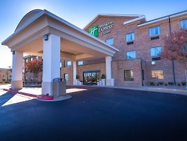 Holiday Inn Express Hotel & Suites Edmond photos Exterior