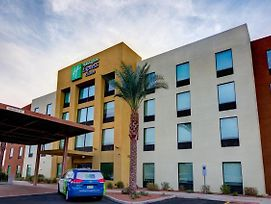 Holiday Inn Express Hotel & Suites Phoenix North Scottsdale photos Exterior