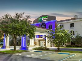 Holiday Inn Express Hotel & Suites Silver Springs - Ocala photos Exterior