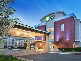 Holiday Inn Express Hotel & Suites Sacramento Airport Natomas photos Exterior