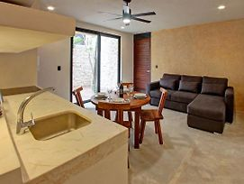 One Bed Luxury With Jacuzzi- Tribu 102 By Salt-Kisses photos Exterior
