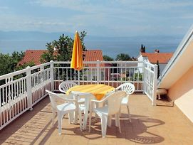 Apartments And Rooms With Parking Space Njivice 5398 photos Exterior