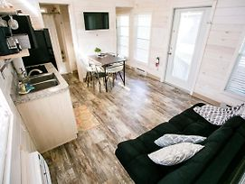 Family Style Two Bedroom Cabin #7 At Long Cove Resort Bungalow photos Exterior
