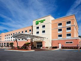 Holiday Inn Hotel & Suites Beaufort At Highway 21 photos Exterior