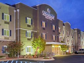 Candlewood Suites Milwaukee Airport photos Exterior