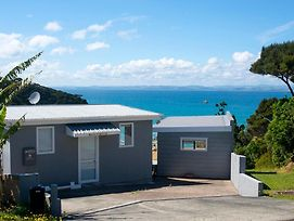 What A View View - Whatuwhiwhi Holiday Home photos Exterior