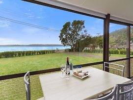 Relax Lakeside - Lake Rotoiti Bach photos Exterior
