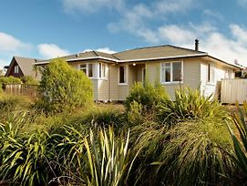 Miro Cottage - Ohakune Holiday Home photos Exterior
