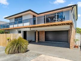 Sparkling Ocean Views - Papamoa Holiday House photos Exterior