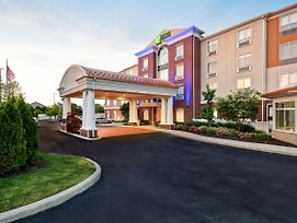 Holiday Inn Express & Suites Schererville photos Exterior