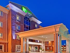 Holiday Inn Express Hotel & Suites Swift Current photos Exterior
