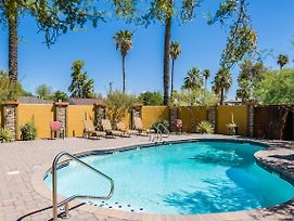 Contemporary & Boutique 2Br W/ Fabulous Pool! photos Exterior