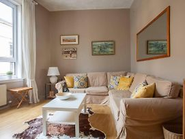 Bright Cosy Flat In Unbelievable Location photos Exterior