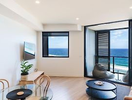The Edge - Luxurious Waterfront Apartment photos Exterior