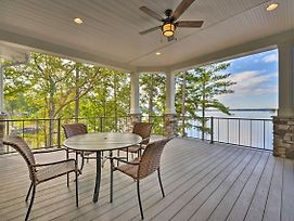 Waterfront Lake Norman House With Private Deck! photos Exterior
