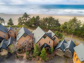 Oceanview Chalet At Agate Beach ~ Hot Tub photos Exterior