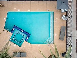 Newport By Avantstay - Condo W/ Pool And Hot Tub - Near Tempe And Scottsdale photos Exterior