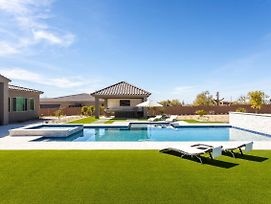 New Listing! Ultra Luxe Cave Creek Oasis Home photos Exterior