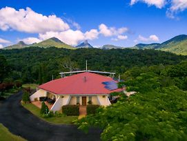 A View Of Mount Warning photos Exterior
