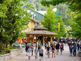 Whistler Town Plaza By Whiski Jack photos Exterior
