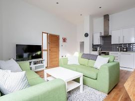 Modern 1 Bedroom Ground Floor Flat In Greenwich photos Exterior
