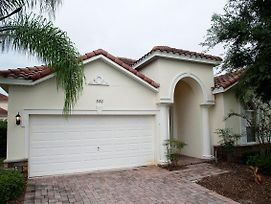 Four Bedroom Pool Home Kissimmee photos Exterior