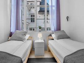 Private Twin Room Next To Fish Market And Bryggen photos Exterior