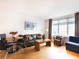 -20%! Elegant 2 Bedroom Bond Apartment Next To Mi6 photos Exterior