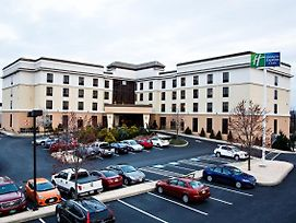 Holiday Inn Express Hotel & Suites Harrisburg West photos Exterior