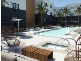 Luxury 1 Bedroom Hollywood. Free Parking+Gym+Pool! photos Exterior