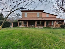 Spacious Villa In Castelferro With Garden photos Exterior