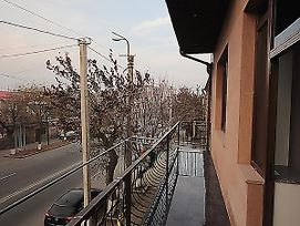Anais Apartment In Yerevan photos Exterior