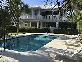 2 Bedroom Home With Private Pool Walk To Rosemary Beach! photos Exterior