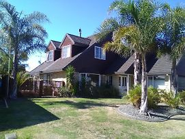 Royal Palms Papamoa Bed & Breakfast photos Exterior