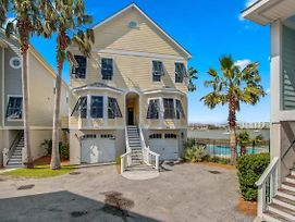 Water'S Edge 126: Nothing Could Be Finer photos Exterior