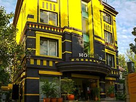 The Hosteller New Delhi photos Exterior