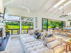 Luxury, Upscale, Remodeled Home On The Golf Greens In Prestigious Princeville photos Exterior