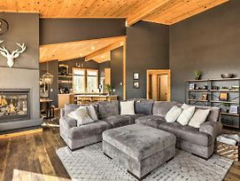 Live Large In Truckee With Luxury Family Home! photos Exterior