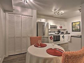 Townhome W/Fireplace, Walk To Shops + Dining! photos Exterior