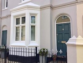 Large Regency Townhouse In Shakespeare Country photos Exterior