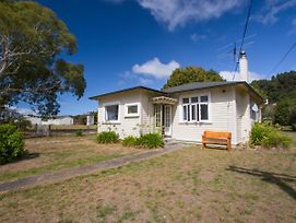 Marahau Cottage - Nelson Holiday Home photos Exterior