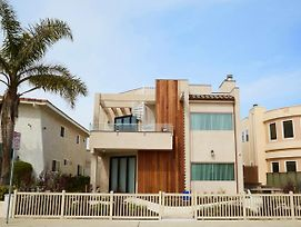 Oxnard Luxury Beach House Pet Friendly. photos Exterior