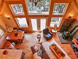 Rustic Retreat With Deck - Steps From Lake Almanor! photos Exterior
